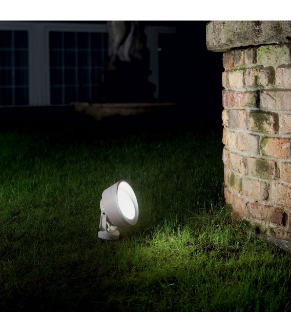 Įsmeigiamas šviestuvas TOMMY White 145310