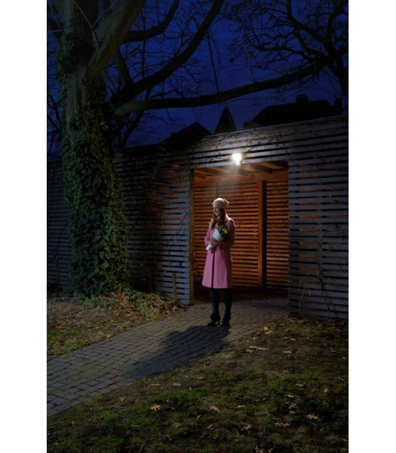 15W LED Sensorinis LED prožektorius ENDURA PRO FLOOD IP55 4058075228801