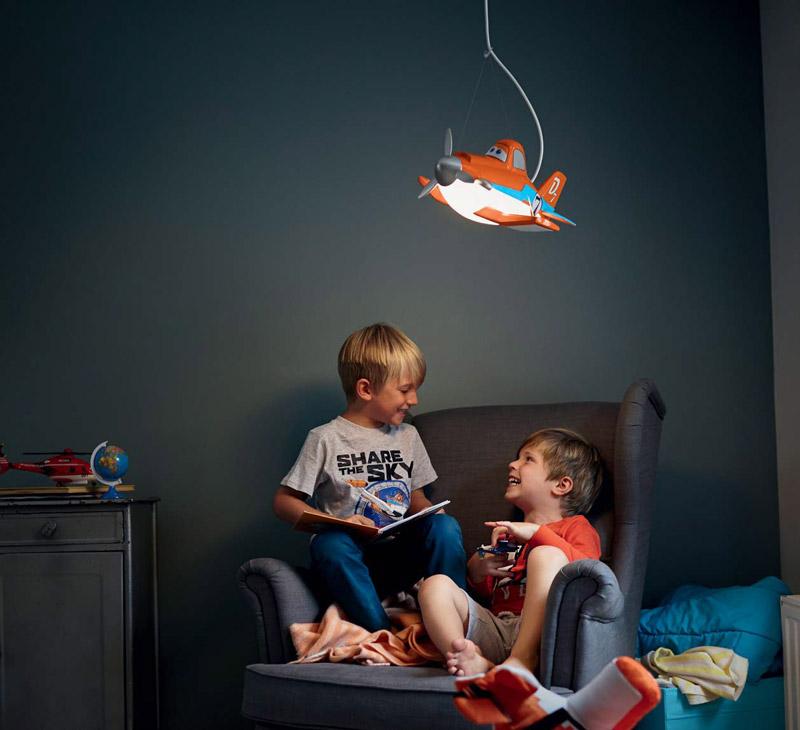 pakabinamas vaikų kambario šviestuvas
