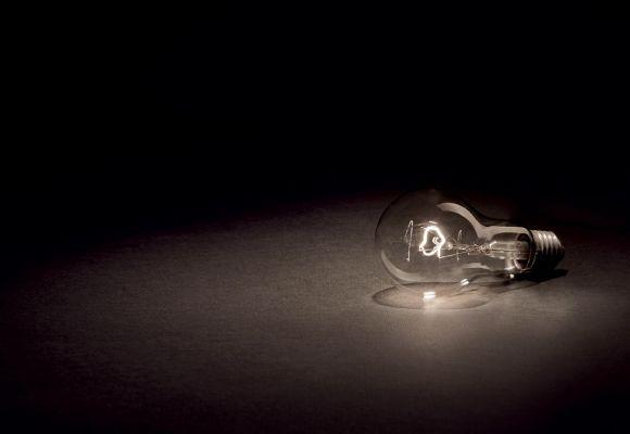 KAIP TINKAMAI IŠSIRINKTI LED LEMPUTĘ?