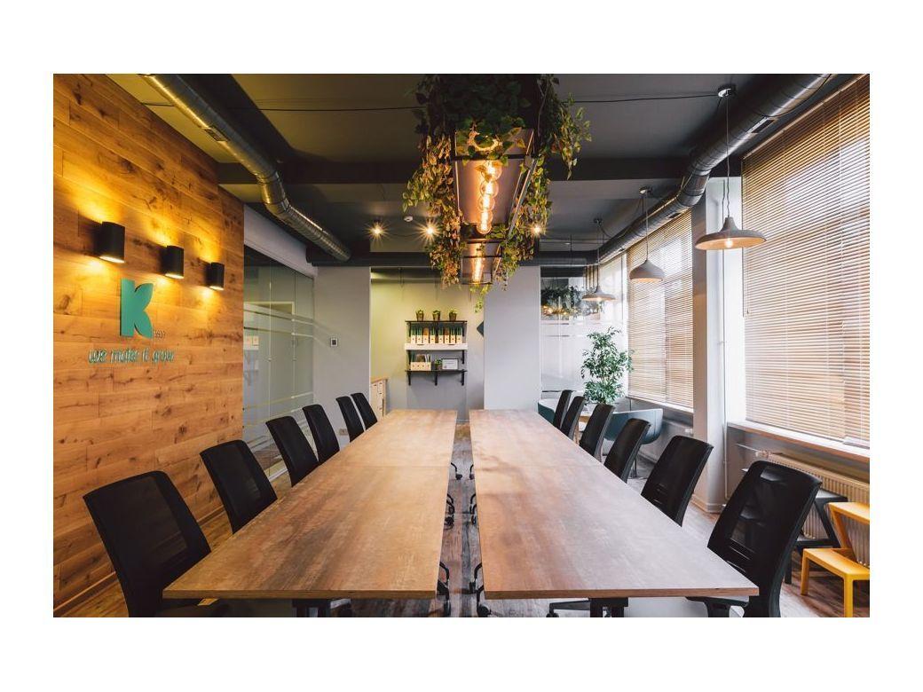 Biuras -  daugiafunkcinė salė